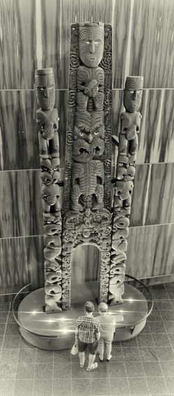Kiwi as bro 😉😉👍👍 Waharoa or gateway carved back in 1906-7 for N.Z. exhibition in Christchurch Nzscenery Eye4photography  EyeEm Best Shots Tadaa Community NZ Kiwi Clicker Museum Te Papa Museum Photography Blackandwhite Carving Moari New Zealand Scenery Awesome Black And White Photography Close-up