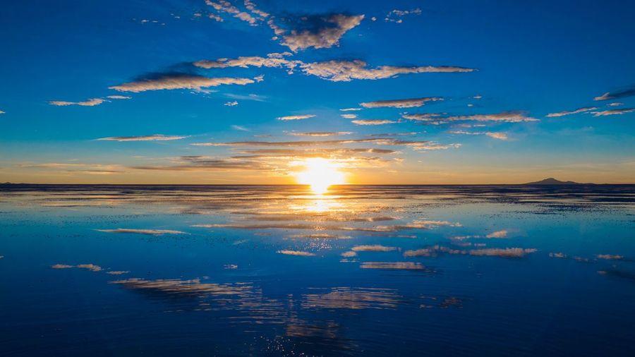 Salar De Uyuni Bolivia Reflection Sunrise