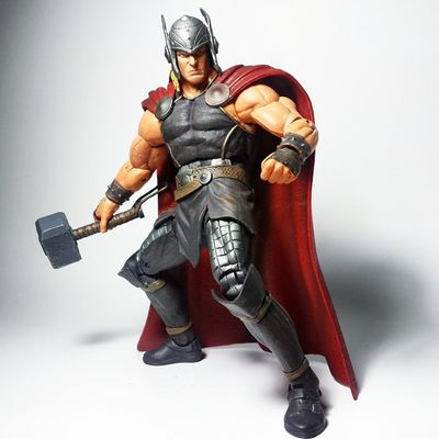 Thor  Odinson Thorodinson Mjolnir Asgard Avengers Disney Marvelselect Toyphotography Toypizza Toysarehellasick Toyrevolution Toyslagram Toycommunity Marvelcomics Marvel