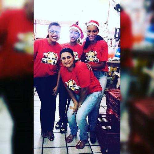 Amigas do serviço, estamos prontas para o natal .✌😍😎👌 Familiapires SupermercadosPires 💓