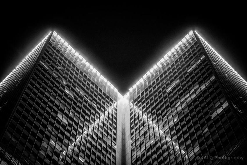 XVM - Place Ville Marie Building The Graphic City Reflection Montreal, Canada Montréal Blackandwhite Architecture Architecture Low Angle View Built Structure Modern Building Exterior Illuminated Skyscraper No People City Clear Sky Outdoors Colour Your Horizn 10