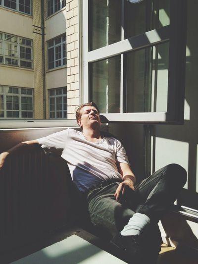 Frank loves Meetings Sleeping On The Job Light And Shadow