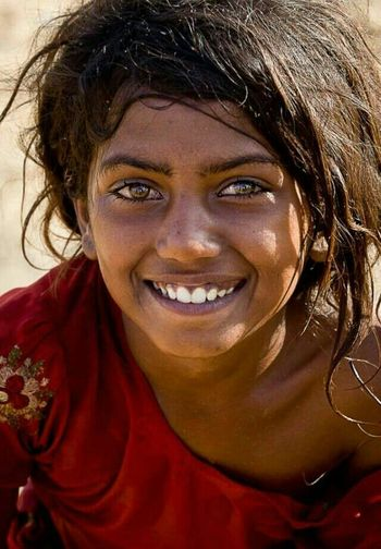 If your eyes are opened, you'll see the things worth seeing... Portrait Eyes Color Portrait Smiley Faces HAPPY SOULS Children Photography People Photography Around The World