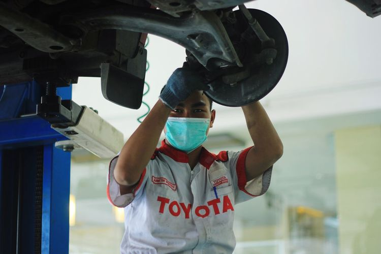 technician Toyota ToyotaTeam Engineering Engine Mechanic Technician Child Childhood Standing Sky Casual Clothing Outdoor Play Equipment Auto Mechanic Auto Repair Shop Repair Shop Repairman My Best Photo