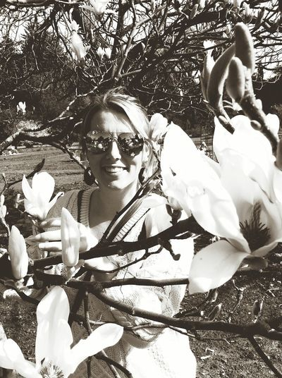 Self confessed magnoliac Portrait Sunglasses One Woman Only Looking At Camera Women Eyeglasses  Flower Adults Only Beauty Adult One Person Tree Only Women People Nature Magnolia Magnolia Tree Magnolia_Blossom Magnolia Flower