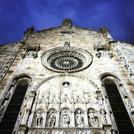 Como Duomo Duomo Di Como Cathedral Hello World Taking Photos Without Sun Blue Sky Praying
