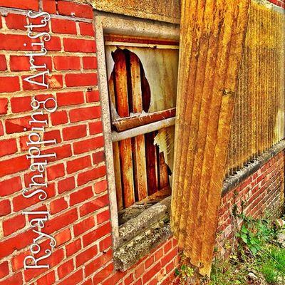 #window #windows #windowsonwindows #windowsill #simplistic #simplicity #minimal #minimalist #WindowShotWednesday #minimalove #minimalistics #minimalism #instaaaaah #igville #igville_decay #texture #texturama #texturextreme #urbex #urbexphotography #ur Instaaaaah Urbexphotography Windows Igdungeon Minimal Detailsofdecay Window Windowsill Minimalism Royalsnappingartists Texture Igville Urbex Simplistic Simplicity Urbexjunkies Minimalove Urbanexploring Minimalist Instaxplore Urbandecay Texturama Texturextreme Igville_decay Filthyfeeds Urbexers Windowshotwednesday Windowsonwindows Minimalistics