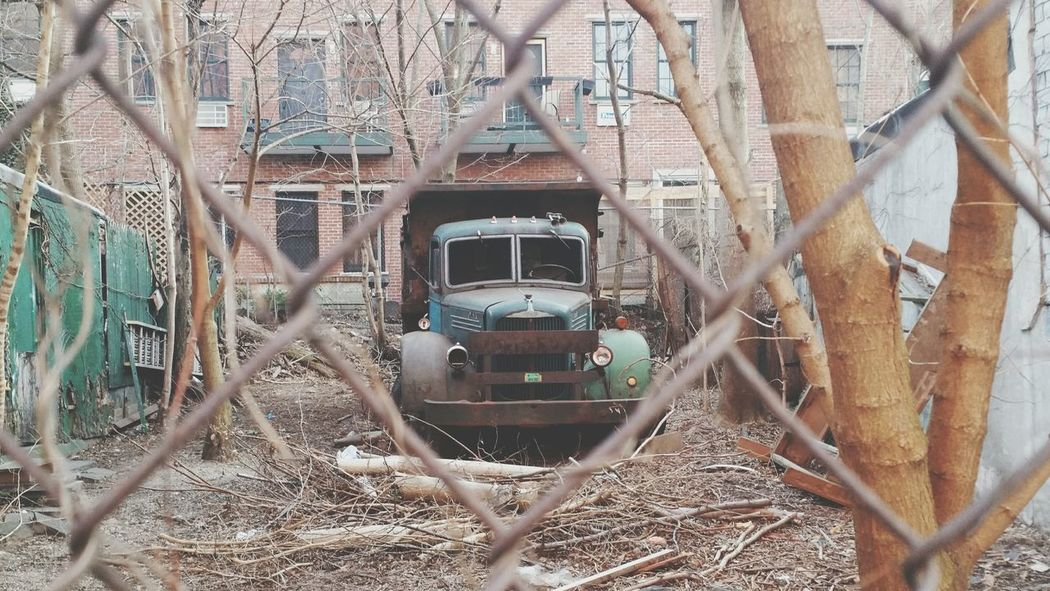 Somewhere in Brooklyn Abandoned Derelict Rust Never Sleeps Rust Bucket Old Truck Antique Truck Truck The Purist (no Edit, No Filter) No Edit No Filter Mobile Photography Phonetography Phone Photography