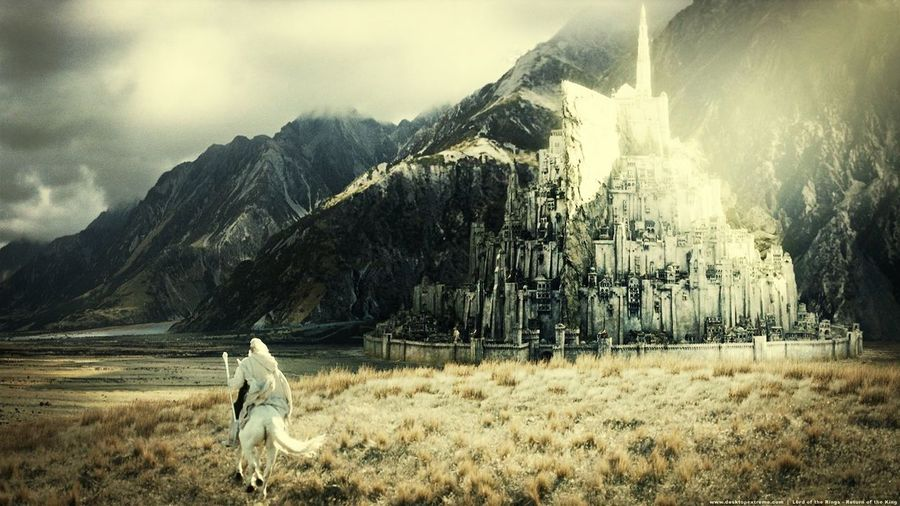 Who alsow loves Lord Of The Rings? <33 Love Lord Of The Rings Photo Taking Photos