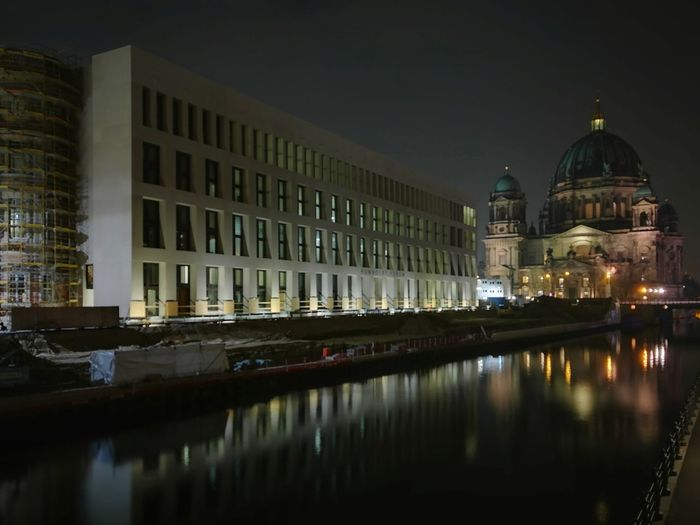 Berlin Reflections Reflection Berliner Dom Humboldtforum Stadtschloss EyeEm Selects Architecture Government Politics And Government Building Exterior Reflection Night Dome The Architect - 2018 EyeEm Awards