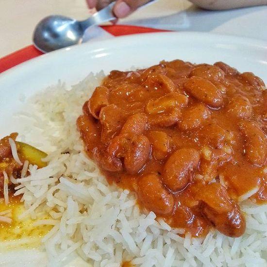 Rajma Rice...The taste of India ;) ..Indianfood Indiancuisine Indiancusines Food India Weekend SundayFunday Family Awesomeweather Canon_photos_daily Myclicks