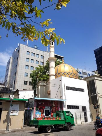 A simple Saturday afternoon in Malé, Maldives Malecity Male Male Male Street Gold Colored Day World Like4like Maldives Islands Mosque Mosque Architecture Yellow Golden Maldives Maldivesphotography City Afternoon Sunny Sunny Day ASIA Sky