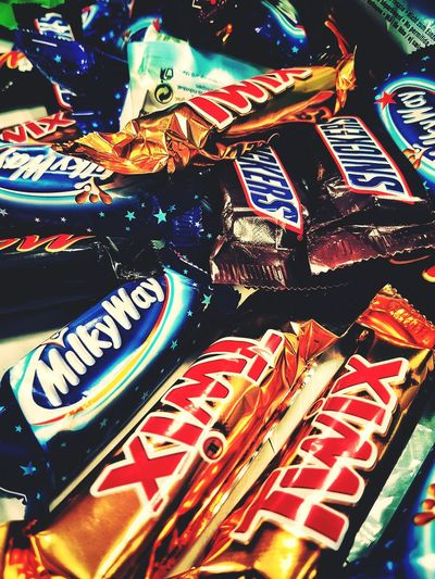 Candy Mars Twix Milkyway Snickers SugarRush Chocolate Food Indoors  No People Photography Taking Photos Experiment EyeEm Gallery EyeEm EyeEm Vision Full Frame Popular Photos StillLifePhotography Tasty Urban 3 Filter Samsungphotography Yummy Learning Details