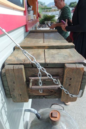 Chain Creative Day DIY Table Wooden Box With Apples Wooden Texture