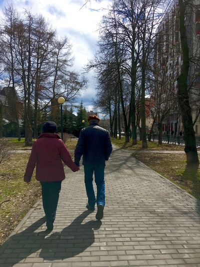 LoveInTheAir Walking Around The City  IMography Springtime Sunny Day Older Couple Love