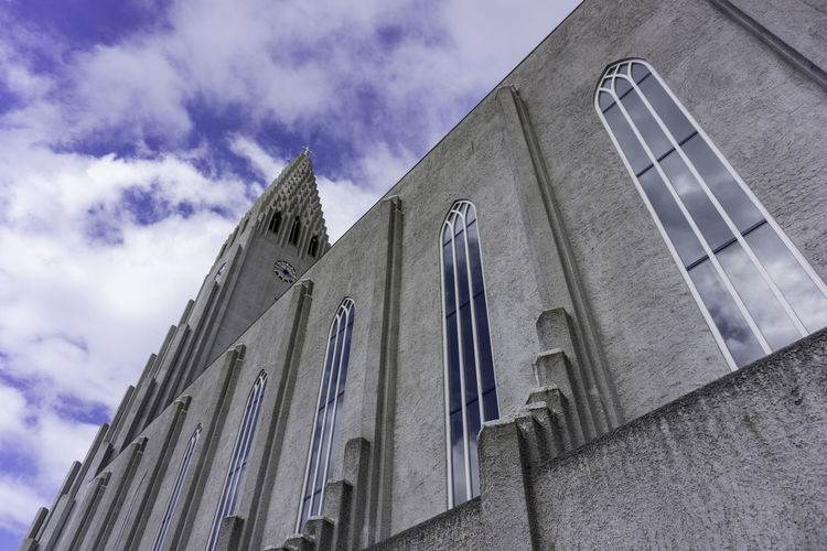 Church HALLGRÍMSKIRKJA CHURCH Hallgrimskikja Church Hallgrìmskirkja Iceland Tourist Attraction  Architecture Building Building Exterior Built Structure City Cloud - Sky Day History No People Outdoors Religion Sky Sony A6000 Tower Window