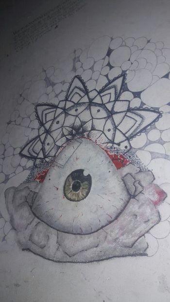 Hay gente que es muy buena dibujando, me encantó! Arte Urbano  Ojitos Alegria♥♥♥ Inspirations