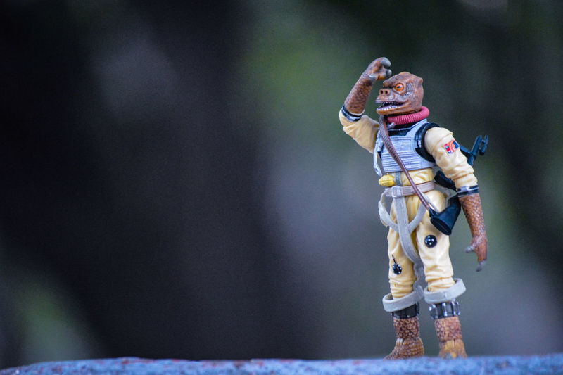 #Boosk: too many good things are coming this way. I Can see them! #StarWars #BountyHunter #One18thtoylove #ata_pro #toySyn #EpicToyArt #ToyPhotographyMexico #toytribe #TopToyPhotos #acba #Toydiscovery #Wheretoysdwell #toyspotcollector #michaelbaythatshit Bountyhunter One18thtoylove Ata_pro Toysyn Epictoyart ToypHotographyMéxico Toytribe Toptoyphotos ACBA Toydiscovery Star Wars Bossk Baby People One Person Indoors  Headwear Adult Day