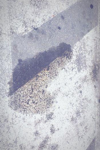 Olio su asfalto