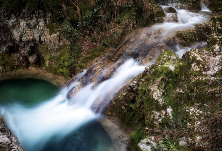 Pozza del Diavolo waterfall, in the municipality of Monte San Giovanni in Sabina, Italy. Waterfall, long exposure. Green Natural Natural Light Sketch Spectacular Stunning Color Emeraldgreen Idyllic Lake Landscape Long Exposure Moss Puddle River Rock Object Scenics Source Stream Streamzoofamily Vegetation Water Waterfall Waterfall_collection Waterfalls