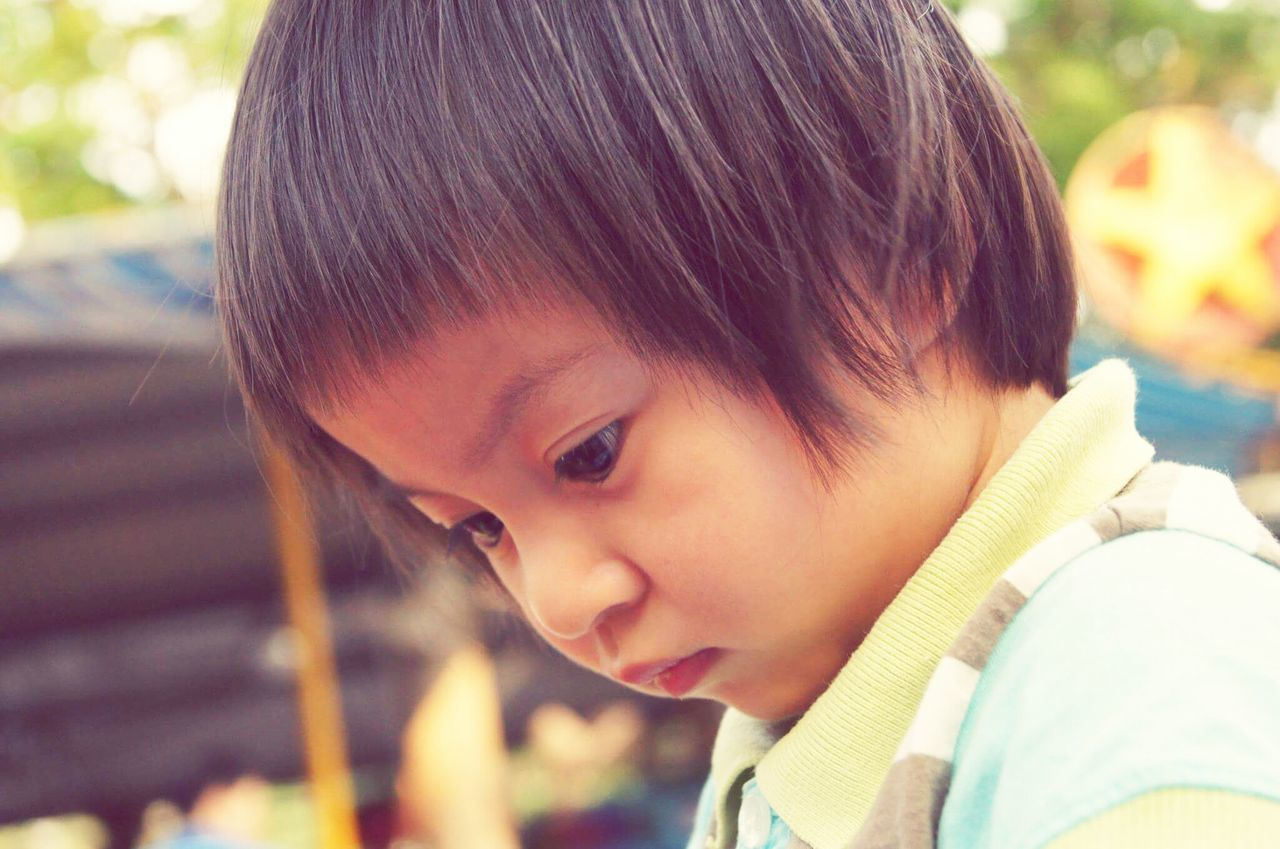 childhood, innocence, headshot, focus on foreground, real people, one person, outdoors, day, boys, close-up, nature, people