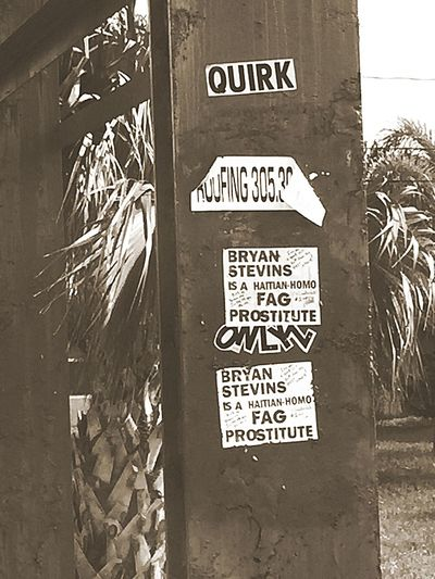 Graffiti Ouch! Check This Out Taking Photos Blackandwhite Photography Blackandwhite Hurtful  Sad Crazyhaters Exgirlfriend