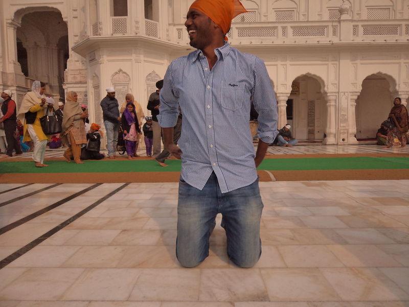 Adult Amritsar Culture Day Hindu India Indian Indian Culture  Indiapictures Muslim People Prayer Praying Praying Mantis Punjab Traditional