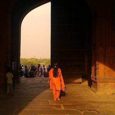 Delhi Jamahmajid Women Door One Closed Walk EyeMe Mobilephotography