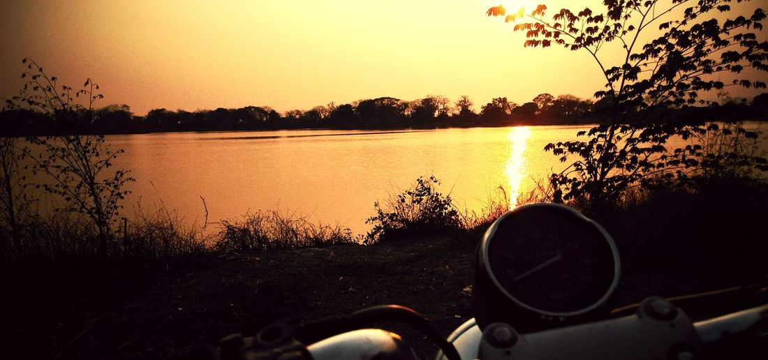 Exploring New Ground Its Lovely Evening ^^ Bikingemeter Rides Sunset_collection LakeShow Beautiful Day Having Fun :) The Following