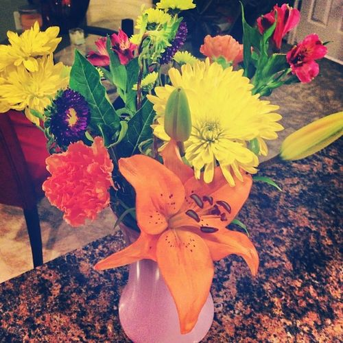 thanks for the pretty flowers babyyy cakes ??? Bouquet Flowers Pretty Justcuz loveit