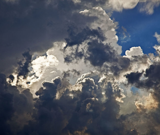 Atmosphere Atmospheric Mood Cloud Cloudscape Daddynewt Dramatic Sky Majestic Moody Sky Outdoors Sky Storm Cloud Weather