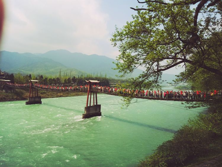 Beauty In Nature Outdoors Nature Built Structure Real People Day Bridge Dujiangyan