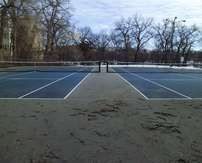 Learn & Shoot: Balancing Elements Tennis Tenniscourt Seen Better Days Abandoned Places Empty Off Season Messy Unkempt Boring Empty Quiet Static Vacant Symetrical Urban Spring Fever