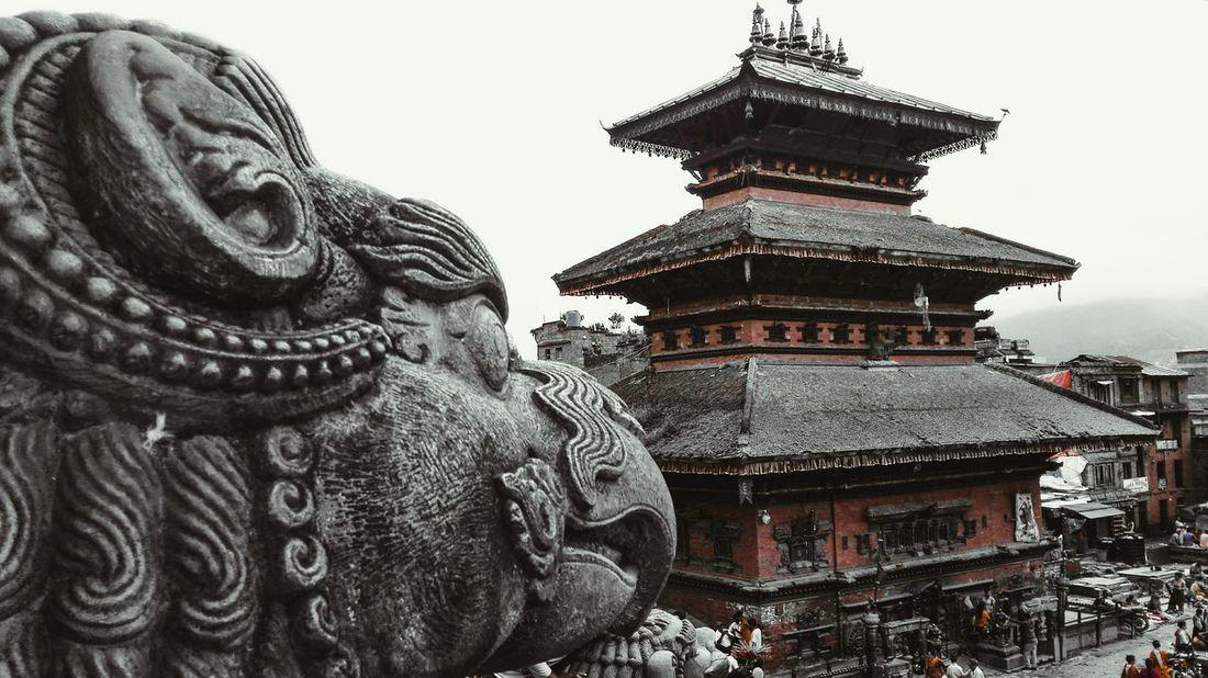 Nepal Architecture Buddhism Bhaktapur Spirituality Culture Adventure Travel Destinations Religion Statue Huawei Honor ASIA