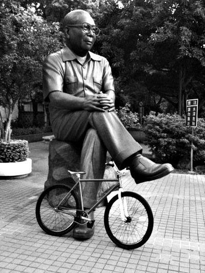 Statue Blackandwhite Fixed Gear Taiwan