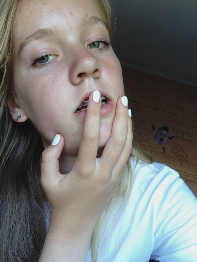 ... Girl Nail White Blonde Hair