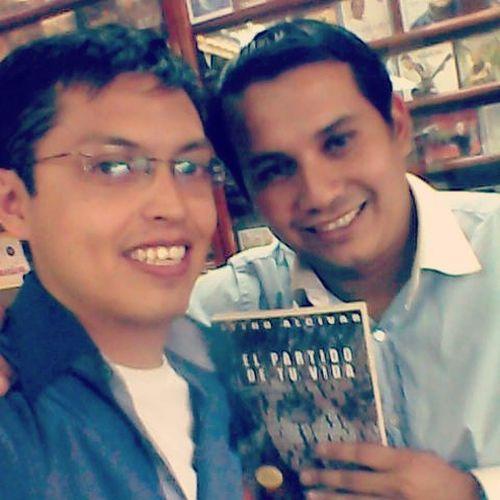 Junto a mi amigo Josué Campo ElComeLibros en Clc Piensadiferente preparando nuevos proyectos sobre ElPartidodetuvidaLA
