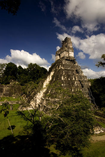 Central America Guatemala Mayan Ruins Tikal Tourist Attraction  World Heritage Ancient Civilization Architecture Building Exterior Built Structure Culture And Tradition History Maya Civilization Ruined The Past Travel Destinations