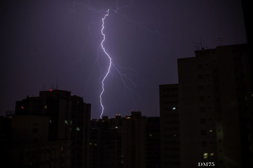 Storm Lightning Canon Sky Tempestade 18-55mm Light And Shadow Brazil São Paulo