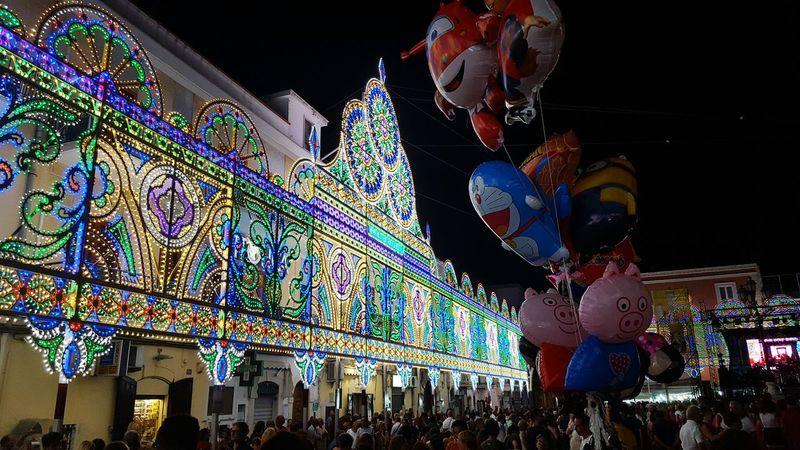 Luminarie e palloncini in una festa patronale nel sud italia. Festa e tradizioni Patronal Feast Ballons Lights Colour Of Life Colors Life Night
