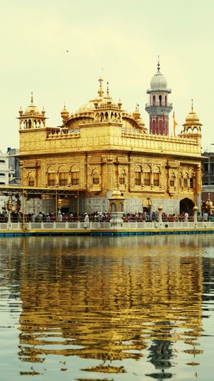 Goldentemple GoldenTemple😍😍 Goldentempleamritsar Gurudwara Sikh Temple Sikh Holy Place Reflections In The Water Tourist Attraction  Historical Monuments Famous Place History Placeofworship Amritsar Punjab