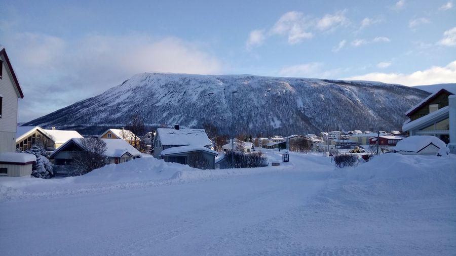February Norway Lyngen Alps EyeEm Selects Snow Mountain Cold Temperature Winter Snowcapped Mountain Polar Climate Frozen Farmhouse Deep Snow