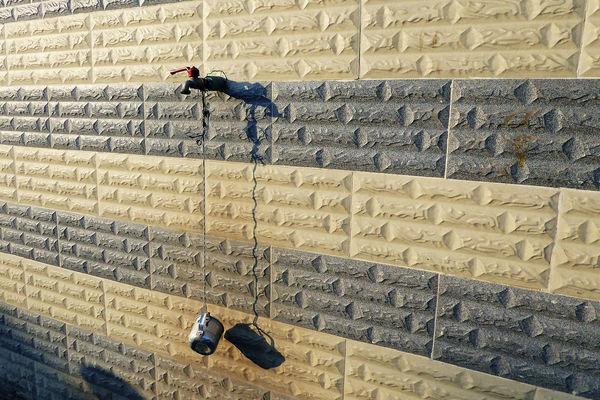 AIXETA Fountain Agua Aigua Brick Font Grifo Low Angle View Source Sunlight Tap Wall Water