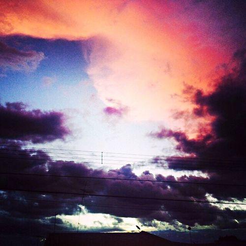 E o céu fazendo sua mágica ✌️???