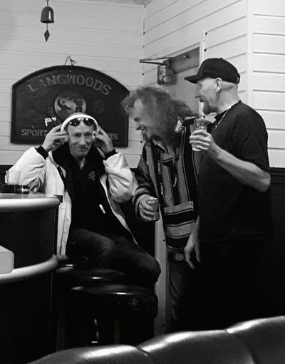 Brotherhood The Beat Goes On Black & White Photography The Three Musketeers Local Fraternity Brothers In Crime Music Jolly Good Music!! Friends In A Bar The Smiling Dudes!