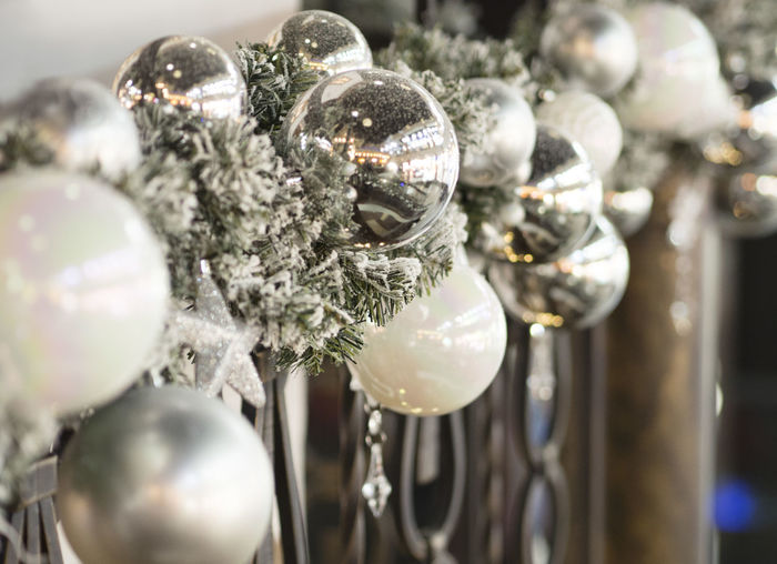 Event Hollidays Christmas Lights Christmastime Balls EyeEm Gallery Garland Christmas Decoration Hanging Christmas Market Christmas Stocking Tradition Christmas Bauble Religious Event Crystal Glitter