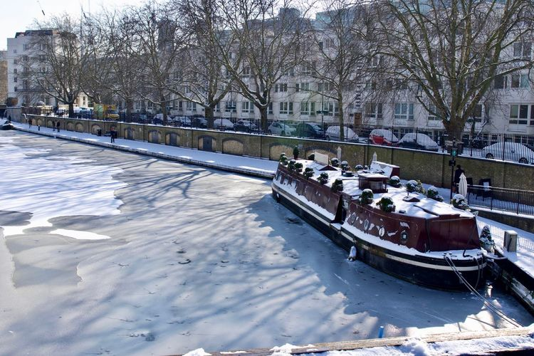 Little Venice, Maida Vale Frozen Ice London Nature Winter Wintertime Boat Boat Cafe Canal Frozen Water Grand Union Canal House Boat Little Venice Little Venice London Maida Vale Moored Mooring Nature_collection Outdoors Snow
