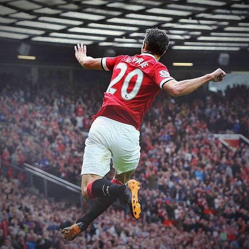 @robinvanpersie you are so wonderfulllllll ^^ Manchesterunited Win Hullcity 3_1 niceday