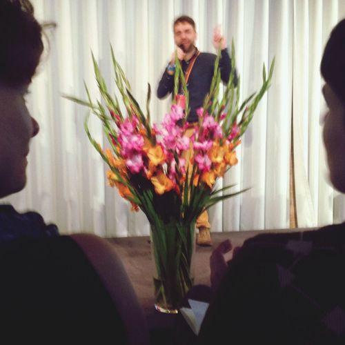 Blumenarrangement matching the brand SXC14