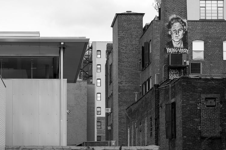 Who is Young Veezy?! Black And White Photography Monochrome Wall Art Wall Painting Looking Up NYC Sony A6000